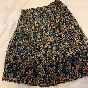 Gap floral midi skirt